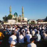 Bupati KSB Sholat Idul Fitri 1442 H di Lapangan Masjid Agung Darussalam