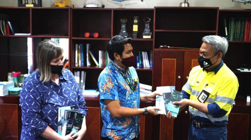 AMMAN Luncurkan Buku Lingkungan Wadah Edukasi Untuk Restorasi
